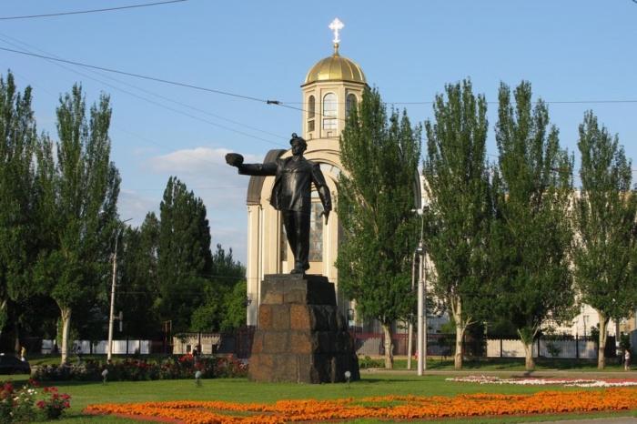 slava-shahterskomu-trudu-700x466