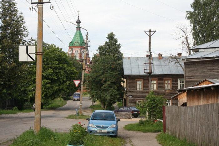 makarev-700x466