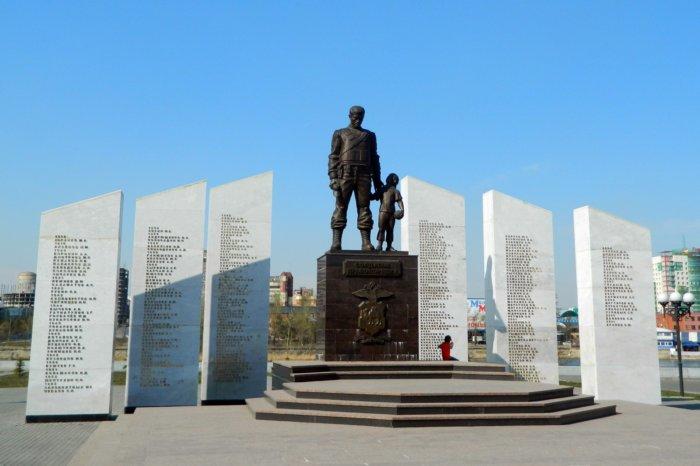 memorial-soldatam-pravoporyadka-700x466