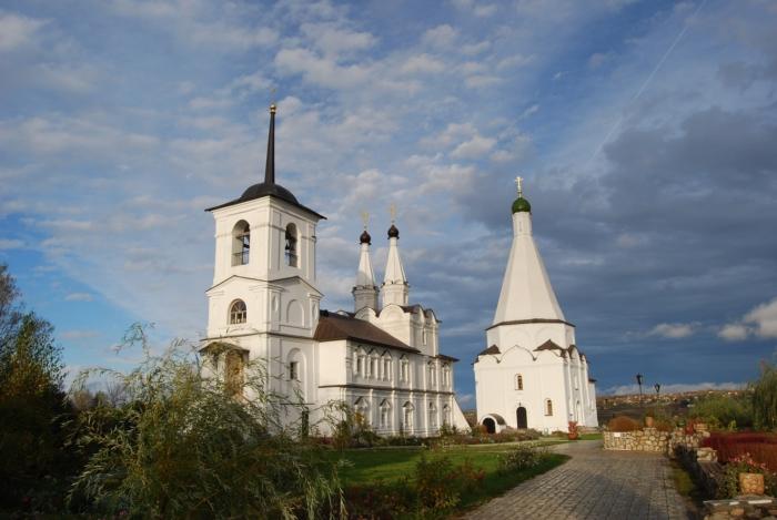 spaso-preobrazhenskii-vorotynskii--700x469