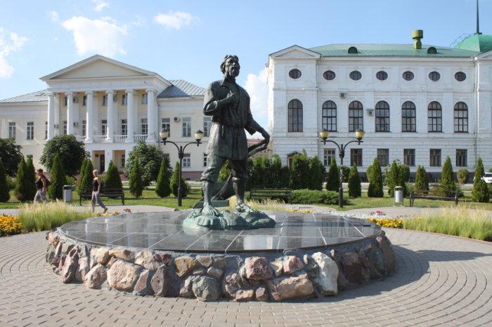 tambovskii-muzhik-700x466