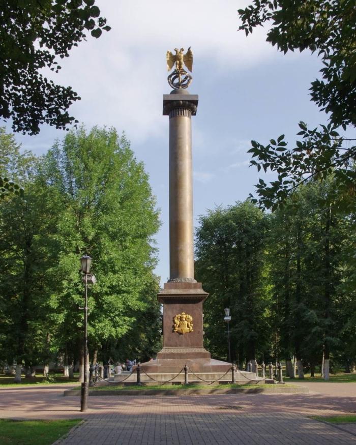 demidovskij-stolp-700x875