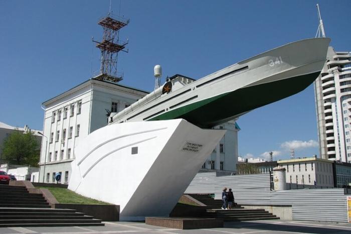 torpednyj-kater-700x466