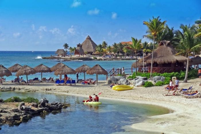 puerto-aventuras-700x467