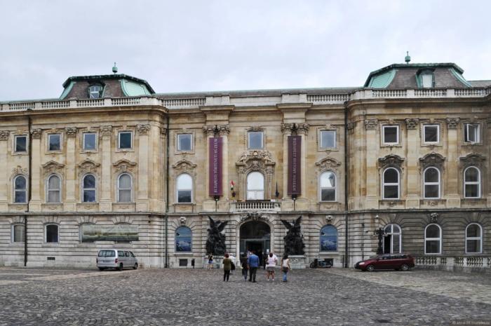 muzej-istorii-budapeshta-700x465