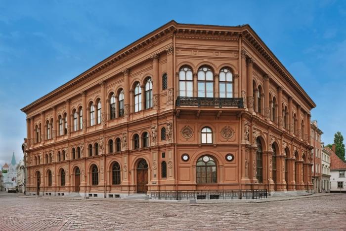 muzej-zarubezhnogo-iskusstva-700x469