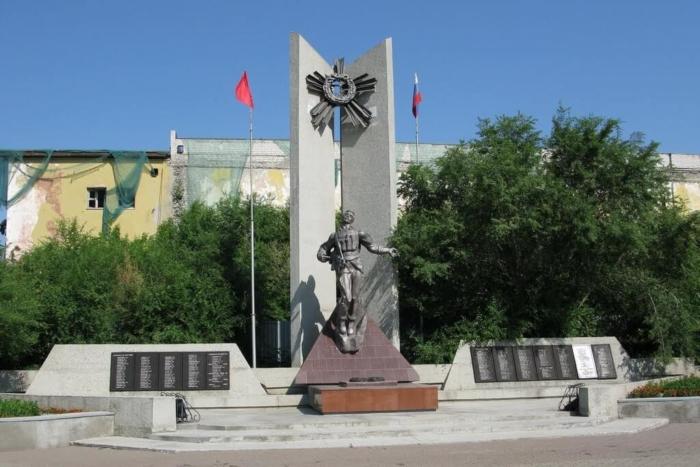 voinam-pogibshim-v-lokalnyh-vojnah-700x467