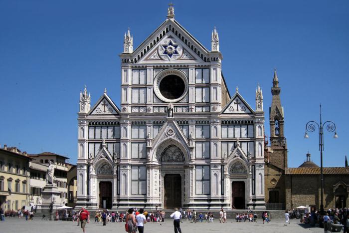 bazilika-santa-kroche-700x467
