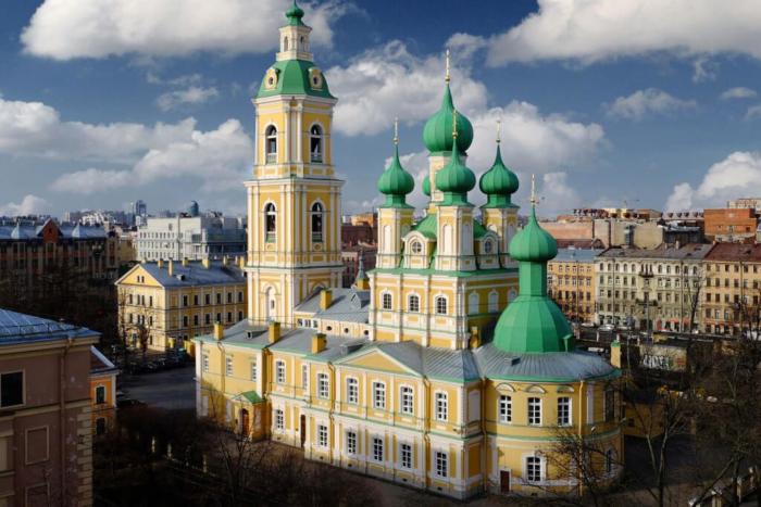 blagoveshhenskaya-tserkov-700x467