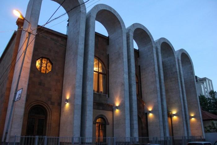 dom-muzej-arama-hachaturyana-700x467