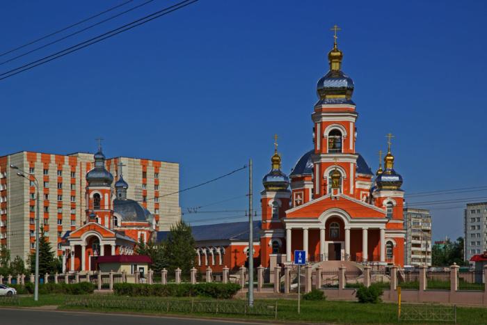 hram-serafima-sarovskogo-700x467