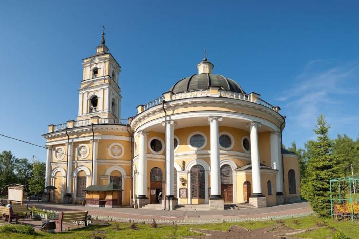hram-svyatogo-proroka-ilii-700x467