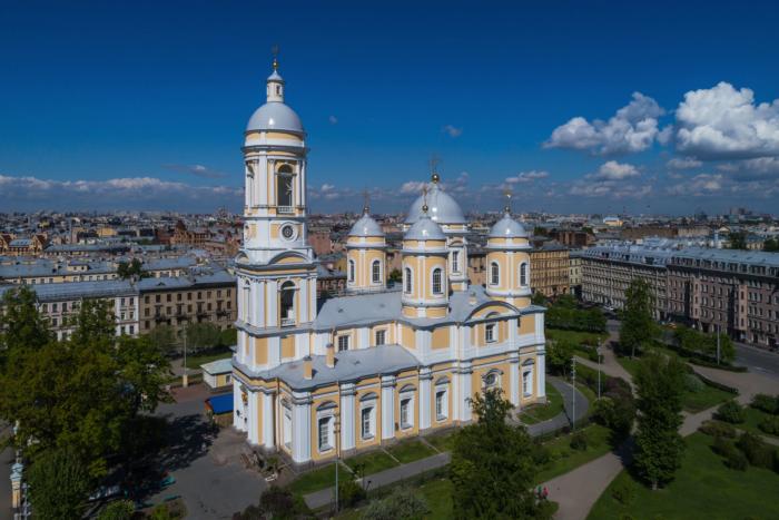 knyaz-vladimirskij-sobor-700x467