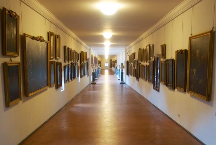 koridor-vazari-700x469