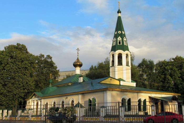 krestobogorodskij-hram-700x467