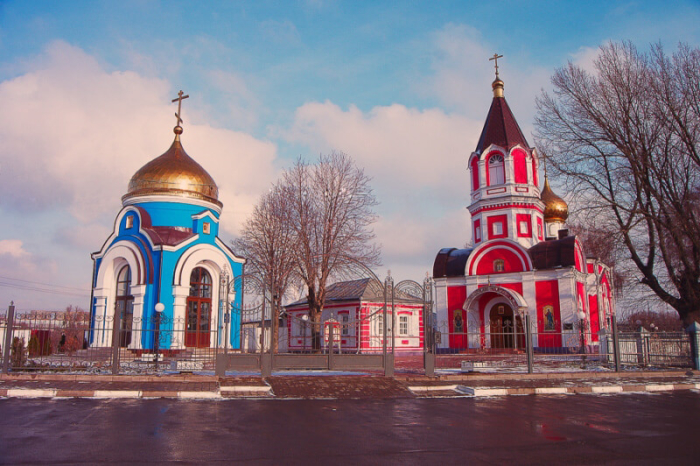 krestovozdvizhenskii-hram-700x466