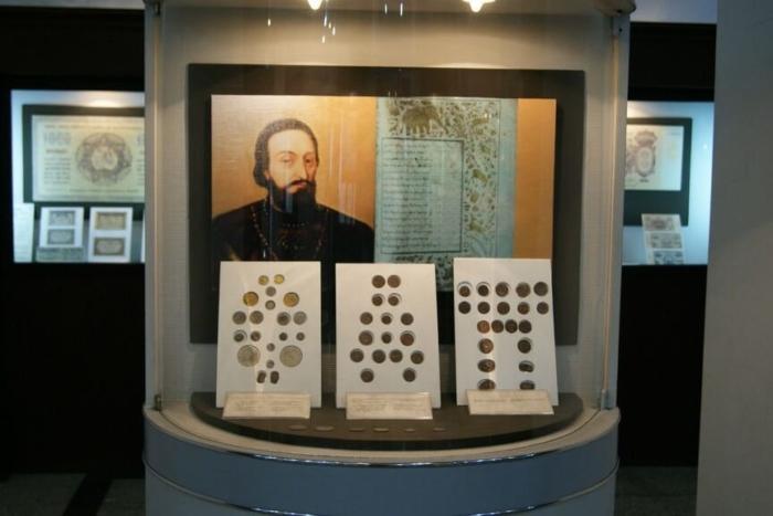 muzej-deneg-gruzii-700x467