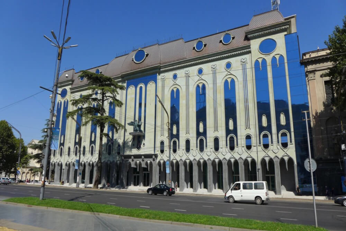muzej-gruzinskogo-izobrazitelnogo-iskusstva-700x468