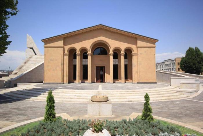 muzej-institut-komitasa-700x467