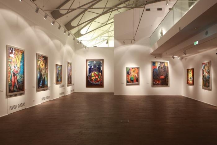 muzej-sovremennogo-iskusstva-zuraba-tsereteli-700x467