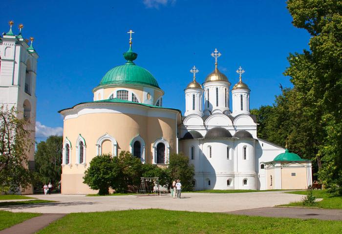 spaso-preobrazhenskij-sobor-1-700x480