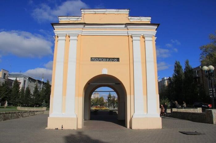 tarskie-vorota-700x466