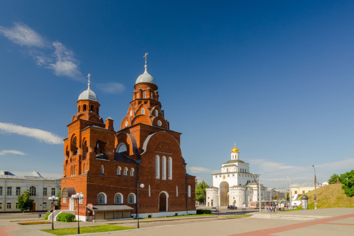 troitskaya-tserkov-700x467