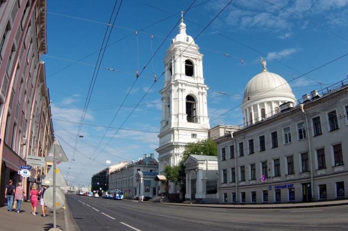 tserkov-svyatoj-ekateriny-u-tuchkova-mosta-700x465