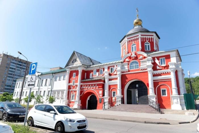 vladimirskaya-tserkov-kizicheskij-vvedenskij-monastyr-700x467