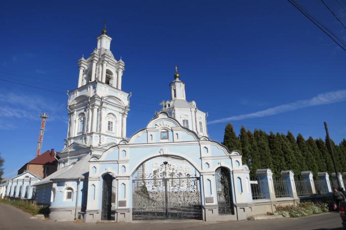 vvedenskij-hram-700x467
