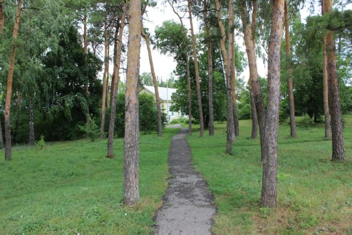 yazykovskii-park-700x467