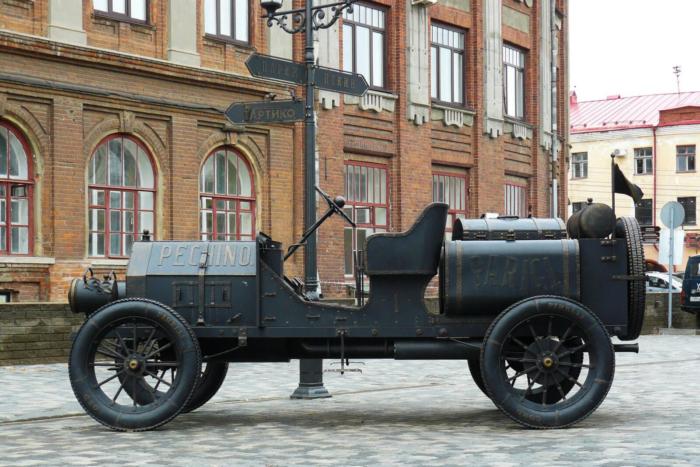 avtomobil-Itala-35-45-700x467