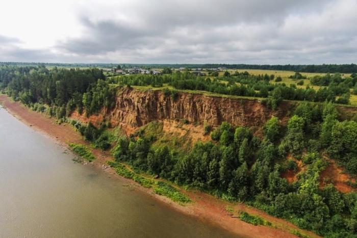 filei-skoe-geologicheskoe-obnazhenie-700x467