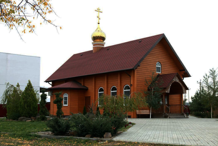hram-andreya-pervozvannogo-1-700x467