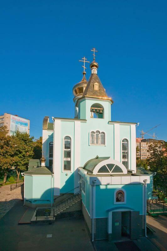 hram-kazanskoj-ikony-bozhiej-materi