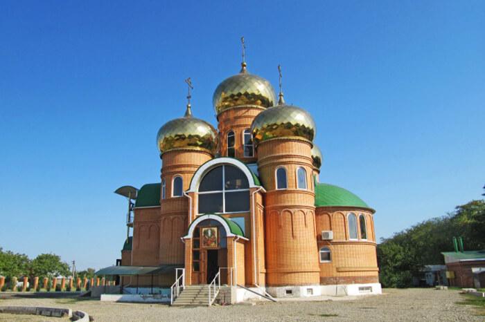 hram-prepodobnogo-ili-muromskogo-700x466