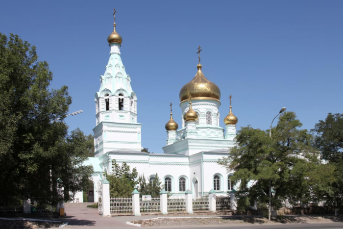 hram-serafima-sarovskogo-1-700x467