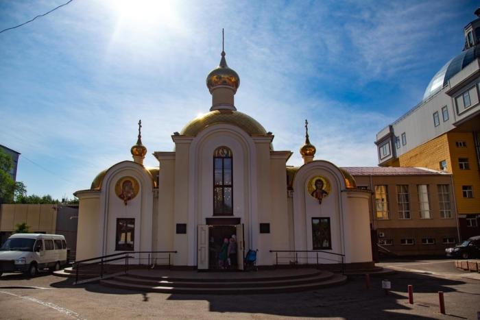hram-svyatitelya-luki-700x467