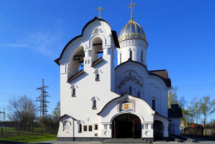 hram-v-chest-svyatogo-velikomuchenika-georgiya-pobedonostsa-700x467