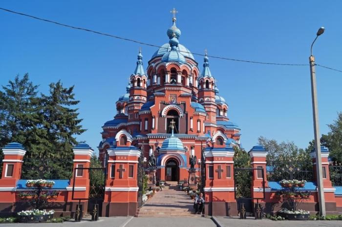 kazanskaya-tserkov-700x466