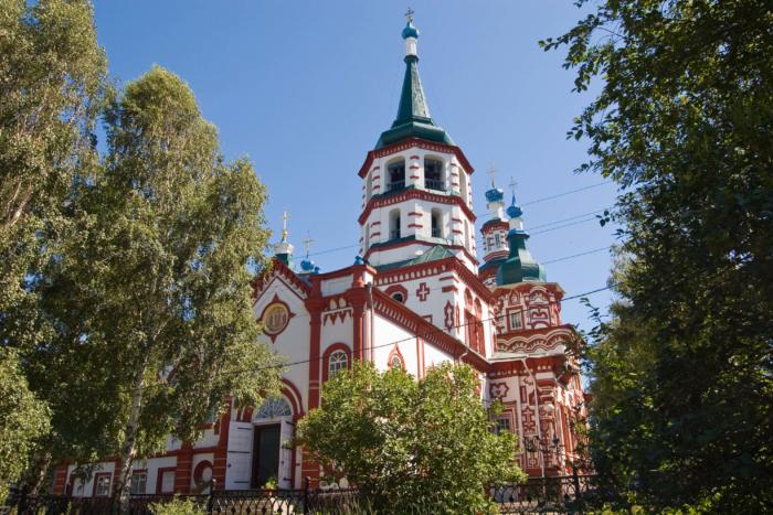 krestovozdvizhenskaya-tserkov-1-700x467
