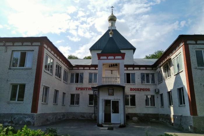 krestovozdvizhenskij-hram-700x467