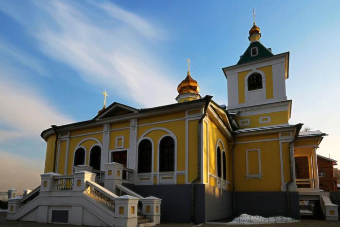 nikolo-innokentevskij-hram-700x467