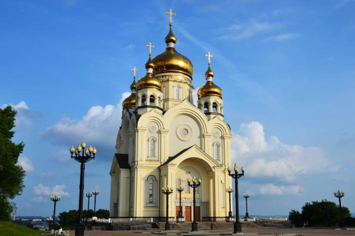 spaso-preobrazhenskij-sobor-700x467
