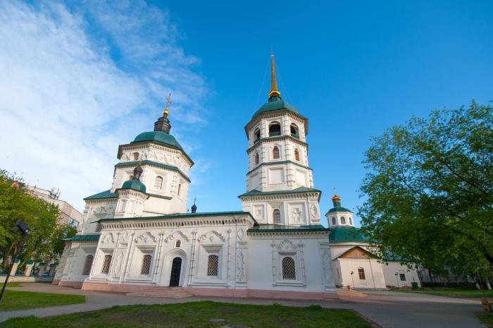 troitskaya-tserkov-700x465