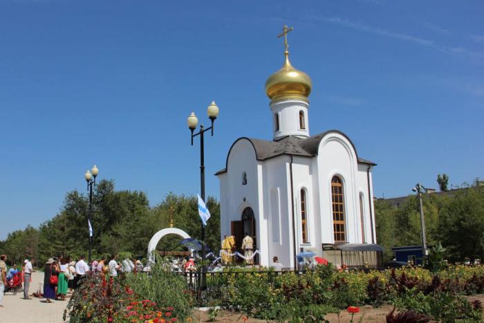 tserkov-chasovnya-feodora-ushakova-700x467