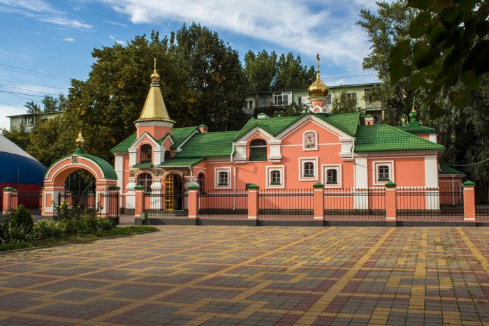 tserkov-georgiya-pobedonostsa-700x467