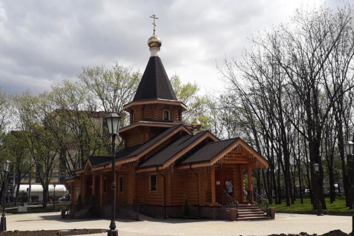 tserkov-ikony-bozhiej-materi-skoroposlushnitsa-700x467