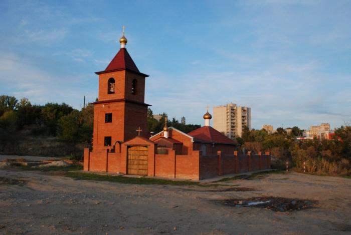 tserkov-ioanna-bogoslova-700x469