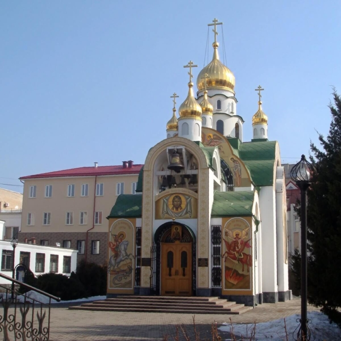 tserkov-panteleimona-tselitelya-700x700
